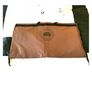 NWOT Canada Goose Travel Garment Bag - Limited